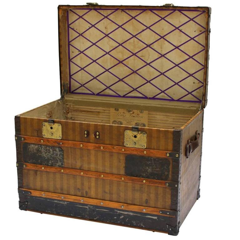 Louis Vuitton Courier Trunk with Rayee Stripe Circa 1890's
