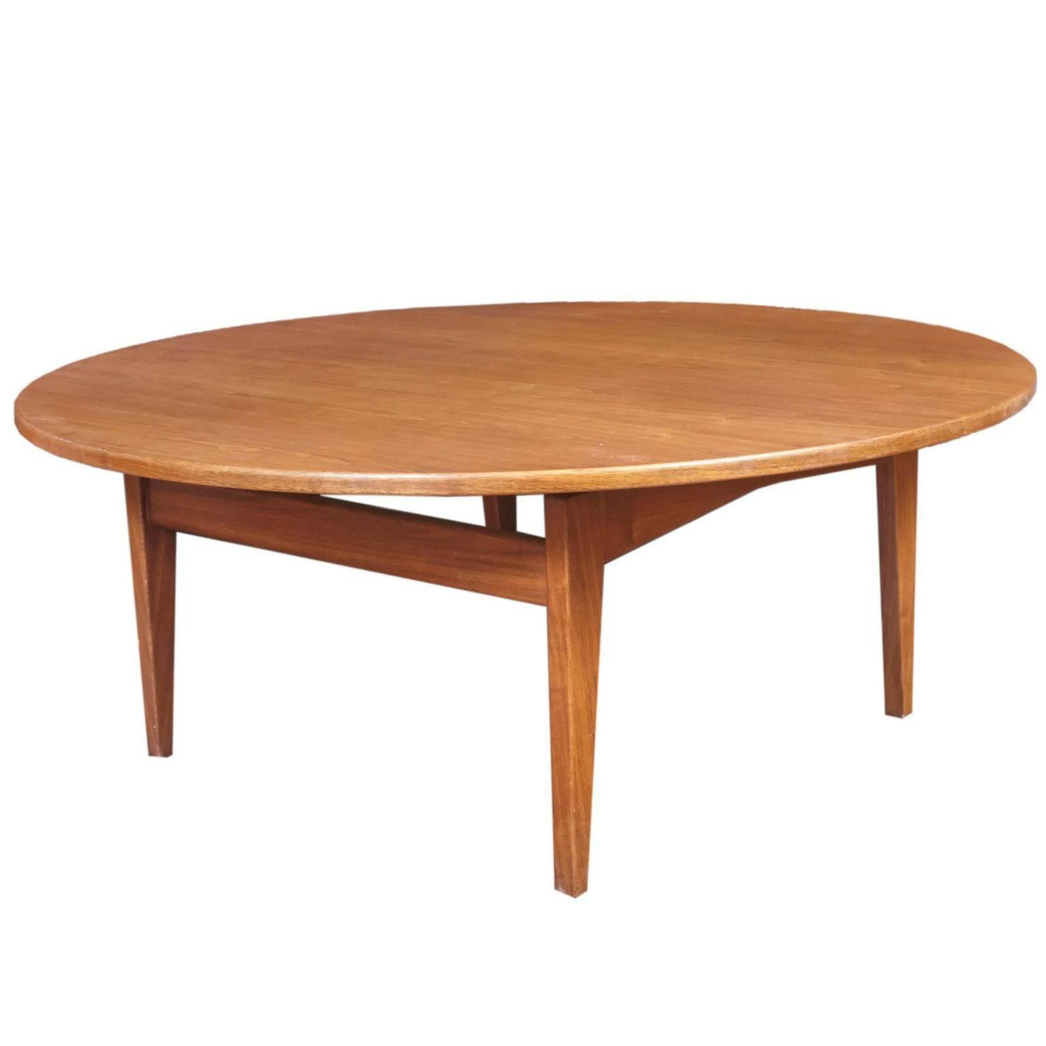 Jens Risom Round Walnut Coffee Table For Sale at 1stdibs