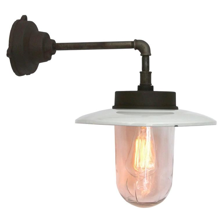 Muran Wall L, White Enamel Industrial Wall Light (93x) For Sale at 1stdibs