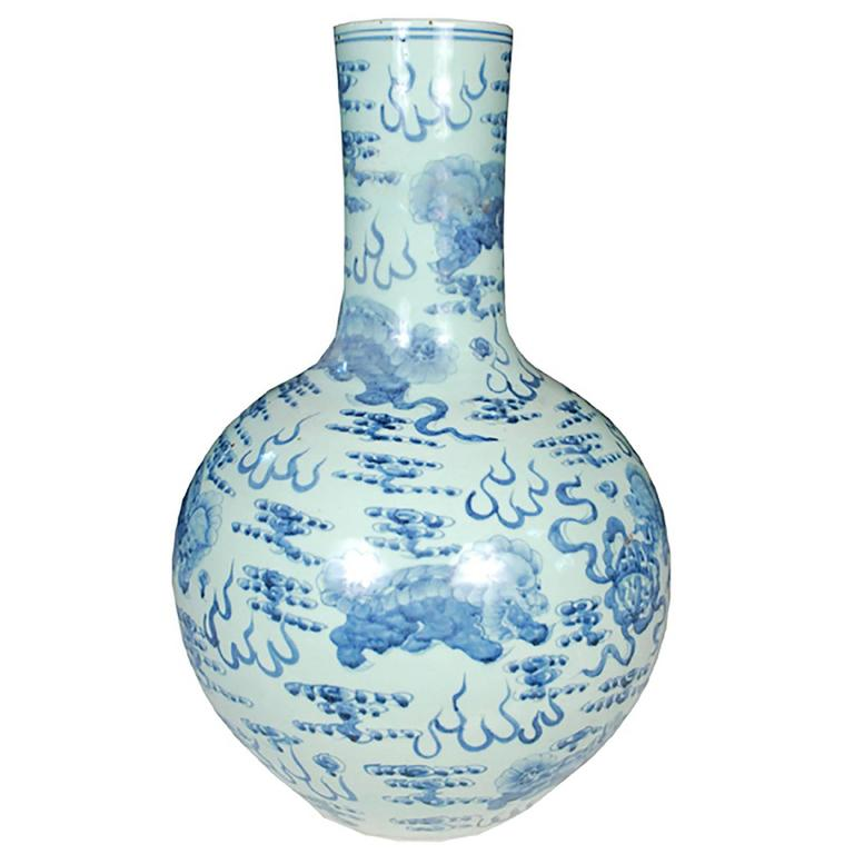 Chinese Monumental Blue and White Gooseneck Jar with Fu Dogs