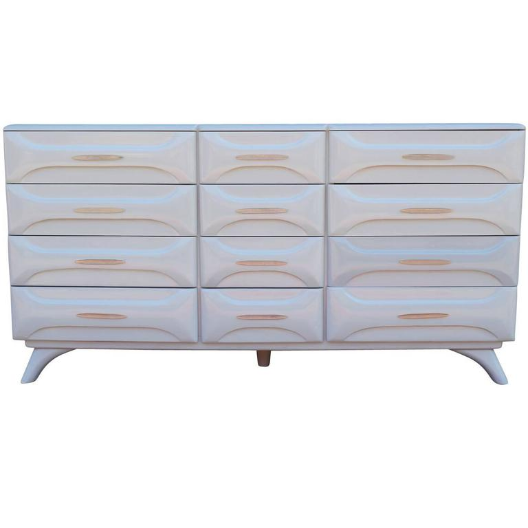 Modern Light Lavender Grey Lacquered Sculptured Pine Dresser With 12  Drawers 1