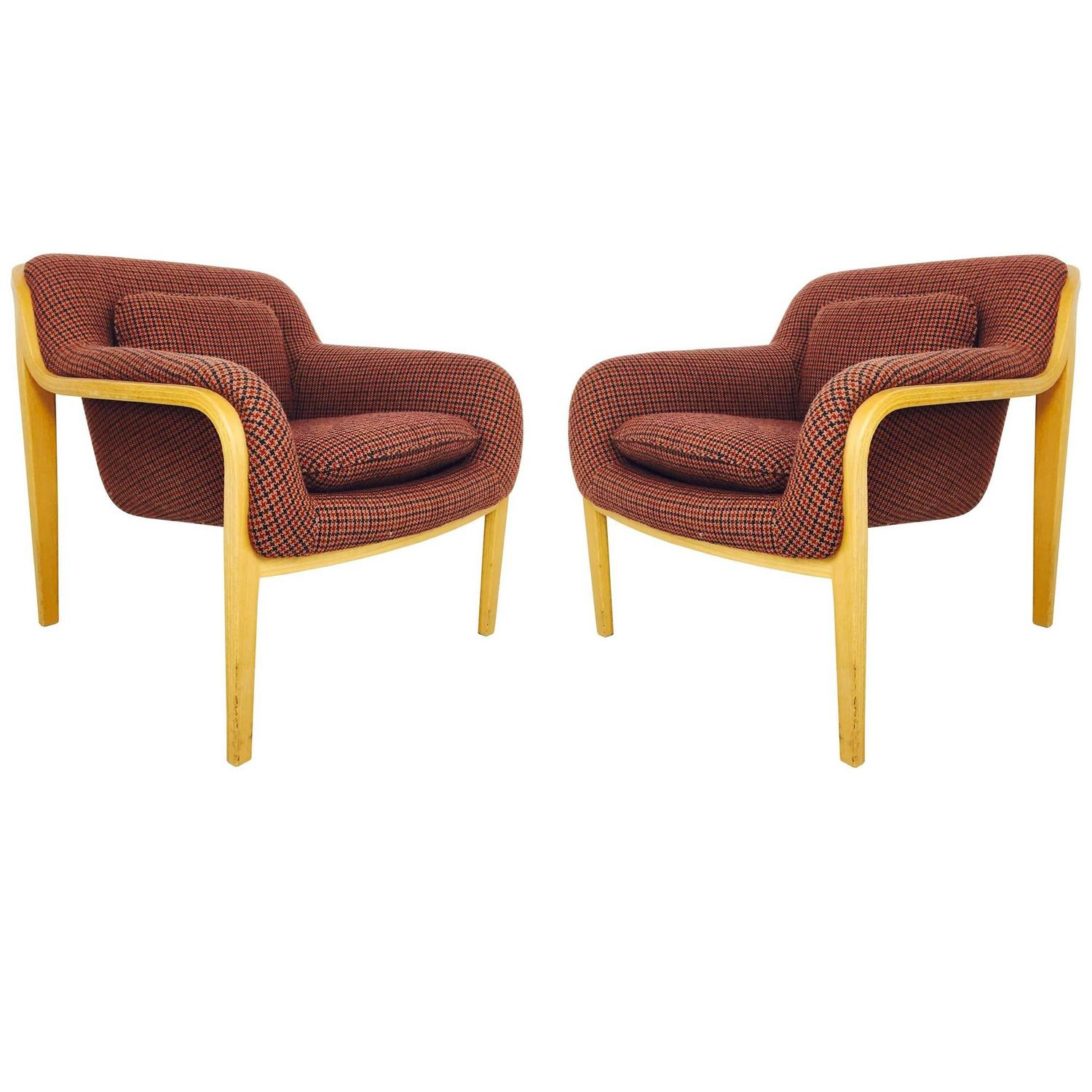 pair of bill stephens lounge chairs for knoll for sale at 1stdibs