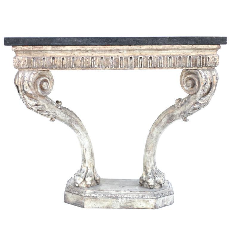 Mid-18th Century Beautiful Period Hand Carved George II Console For Sale