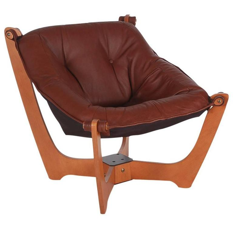 Beautiful Mid Century Modern Danish Leather Lounge Chair After Ingmar Relling For  Westnofa For Sale