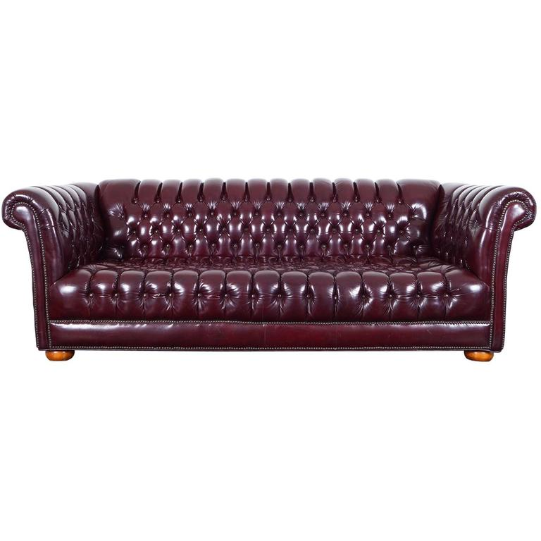 Elegant Vintage Burgundy Leather Chesterfield Sofa For Sale