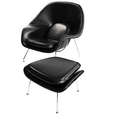 Saarinen Original Womb Chair and Ottoman in Black Leather with Knoll Label