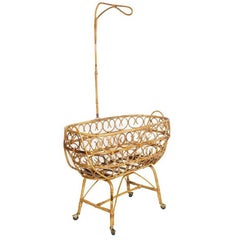 Mid-Century Cradle in Rattam Attributable to Franco Albini for Bonaccina, 1950s