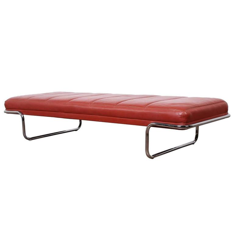 Leather daybed by brayton at 1stdibs for Leather daybed bench