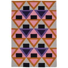Aelfie Morgan moderne Dhurrie handgewebte geometrische Rosa Lila bunte Teppiche