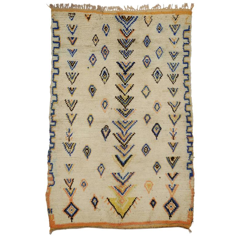 Vintage Berber Moroccan Rug with Light Colors Azilal Rug