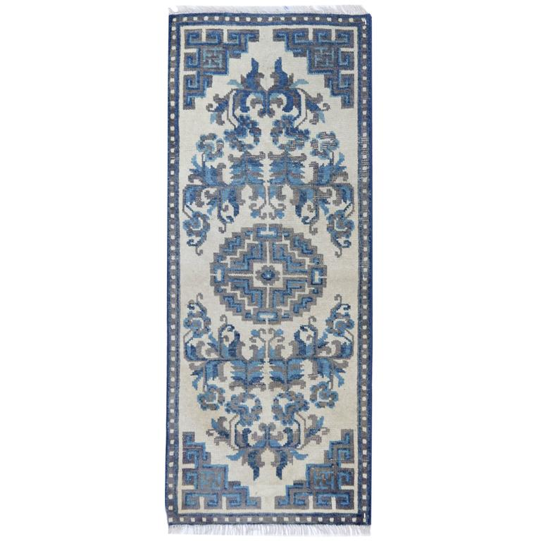 Blue And White Chinese Rugs: Antique Rugs, Chinese Blue And White Carpet Runners For
