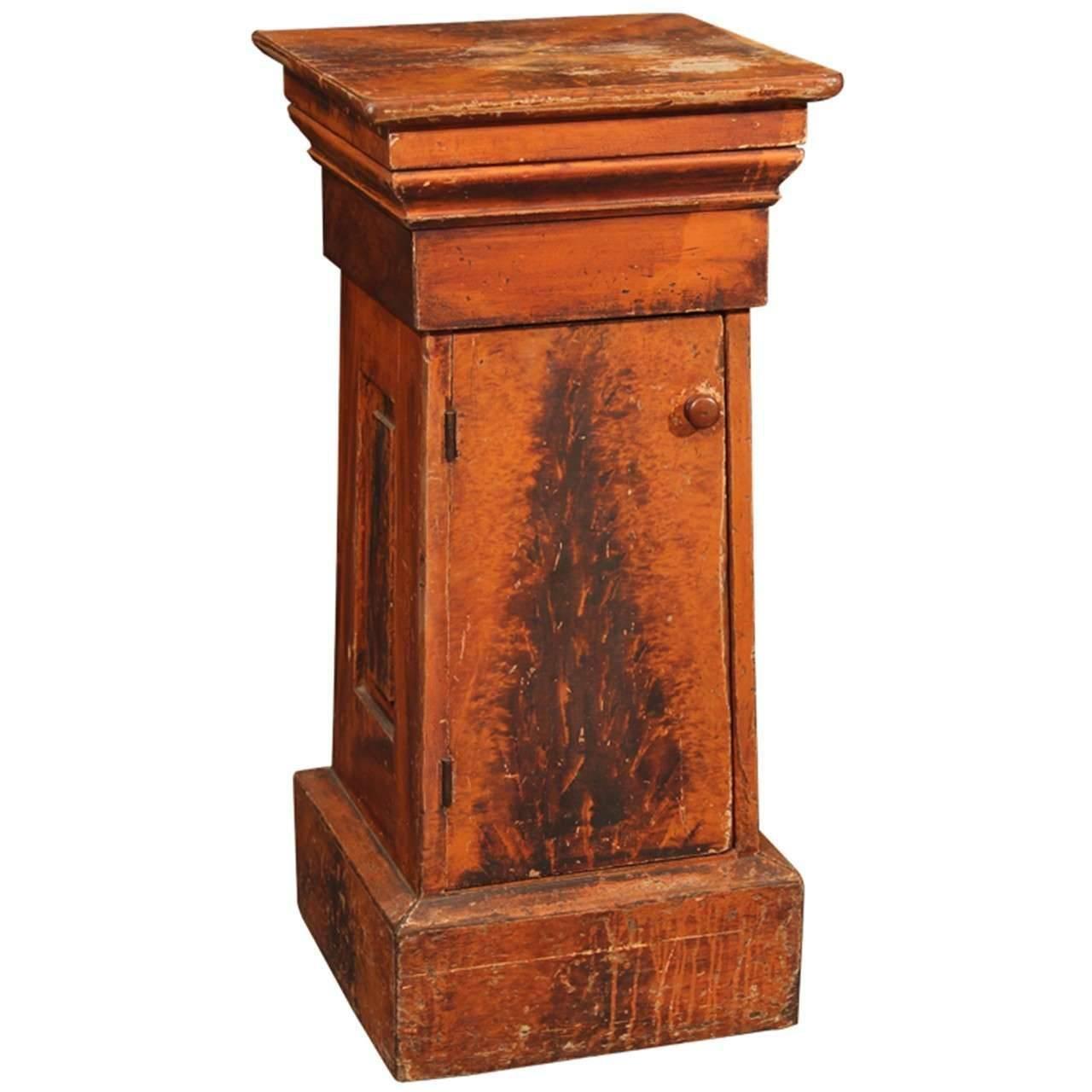 Grain Painted Side Table / Pedestal