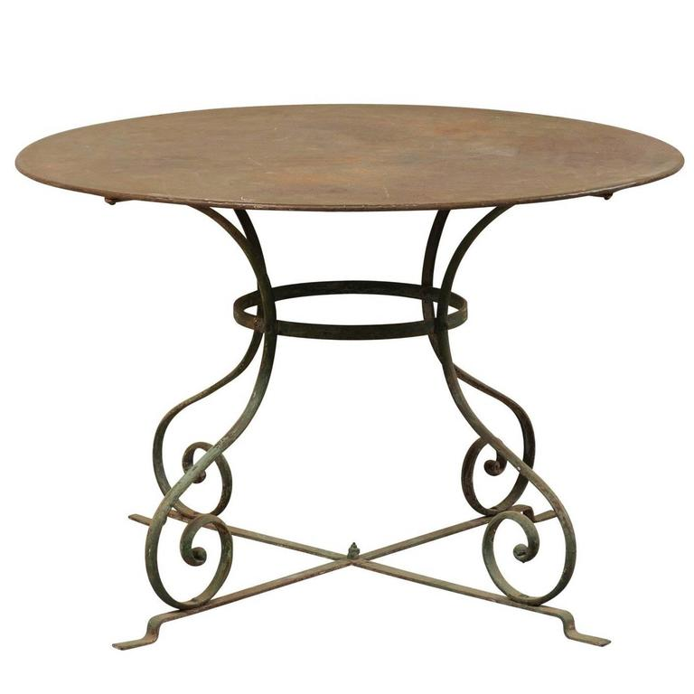 French Mid-20th Century Round Patio Dining Table with Scrolled Legs and Patina