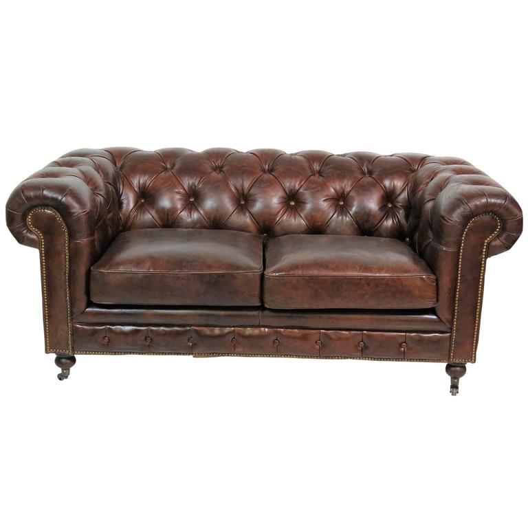 georgian style brown leather tufted chesterfield sofa for sale at 1stdibs. Black Bedroom Furniture Sets. Home Design Ideas