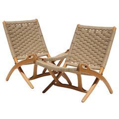 Pair of Folding Chairs in Hans Wegner Style. Denmark, 1950.