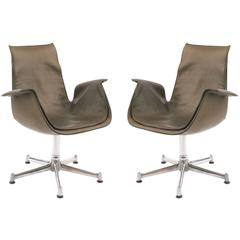 Pair of Khaki Green Leather Fabricius and Kastholm Lounge Chairs