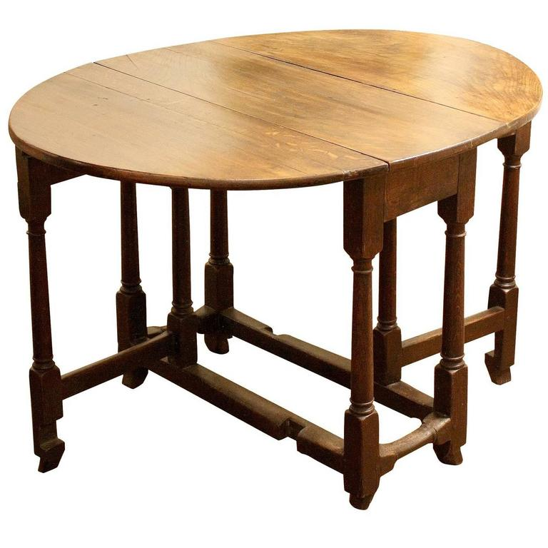 18th Century English Oak Gate Leg Side Table For