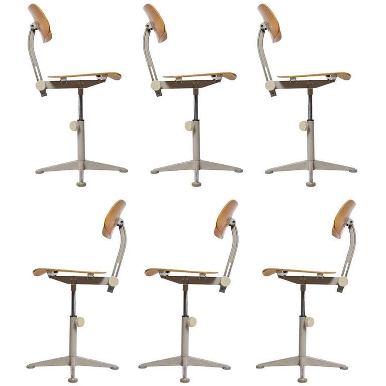 Set of Six Dutch Architect Adjustable Revolving De Cirkel Chairs by Friso Kramer