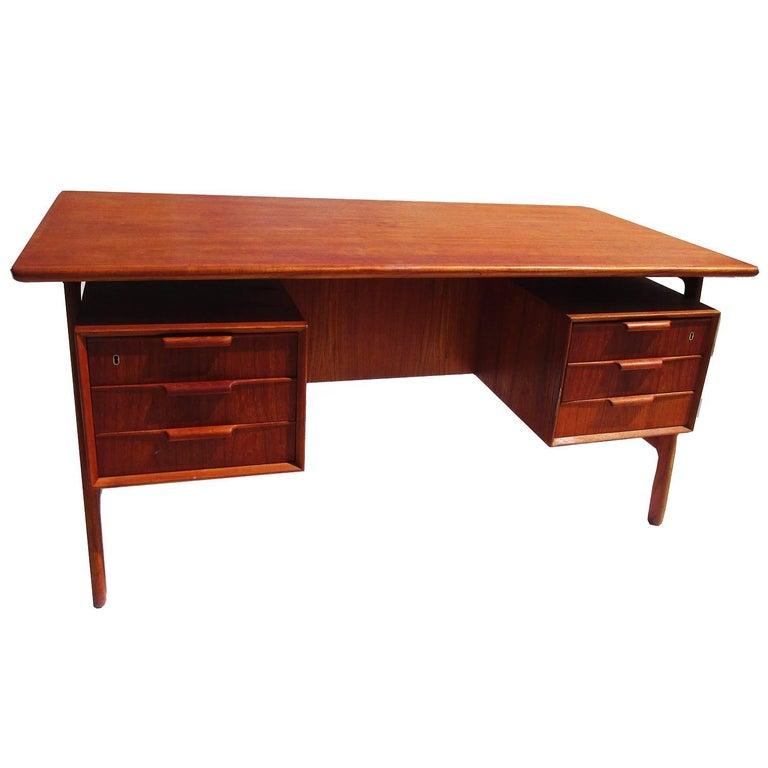 Danish Modern Mid-Century Teak Desk by Gunni Omann 1