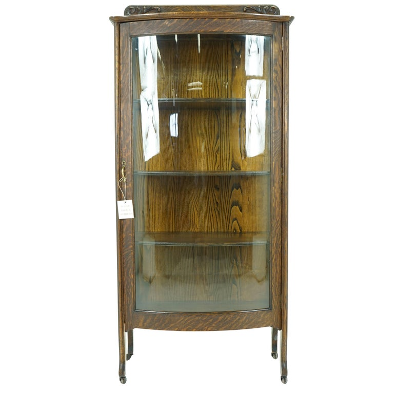 Vintage Display Antique China Cabinet Bow Front Quartersawn Oak For Sale - Vintage Display Antique China Cabinet Bow Front Quartersawn Oak For