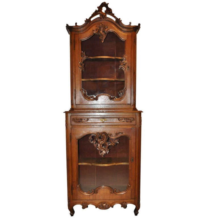louis xv vitrine for sale at 1stdibs. Black Bedroom Furniture Sets. Home Design Ideas