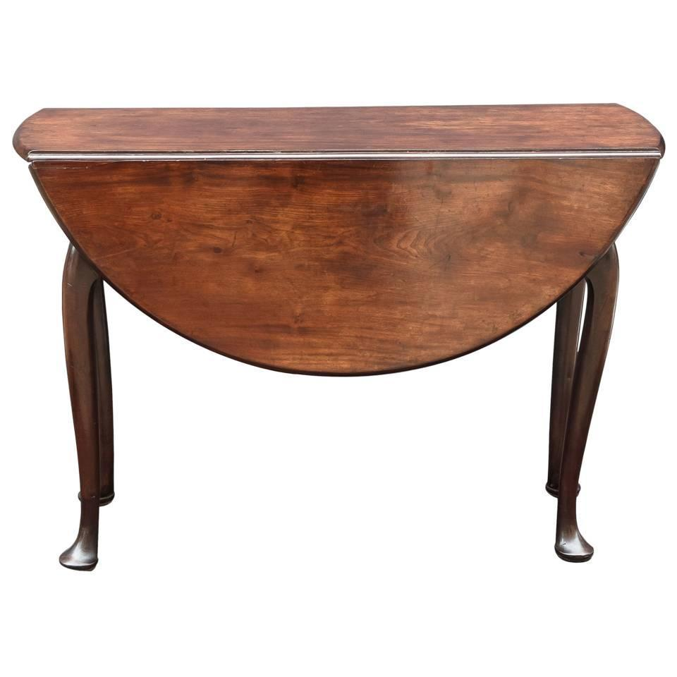 George II Drop Leaf and Pad Foot Table For Sale at 1stdibs : ORGORGR1068DropLeafPadFootTablesidez from www.1stdibs.com size 960 x 960 jpeg 46kB