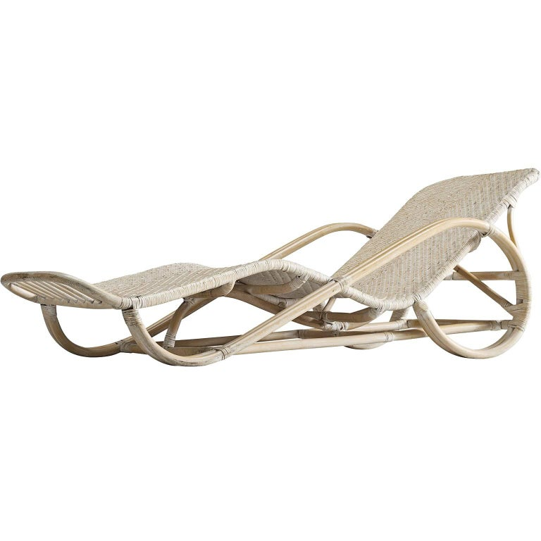 Italian wicker chaise longue 1950s for sale at 1stdibs for 1950 chaise lounge