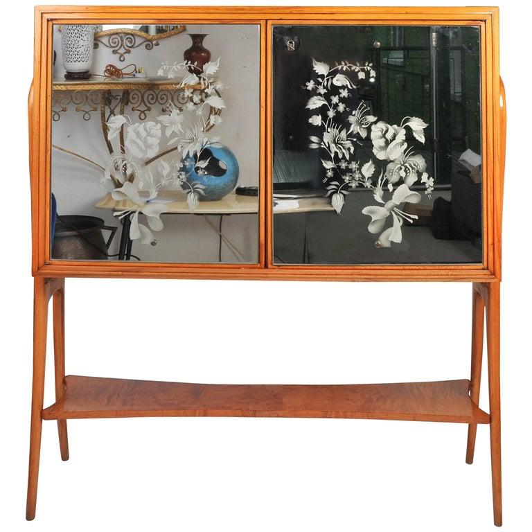 1935-1940 Maple Wood Bar Cabinet Attributed to Osvaldo Borsani
