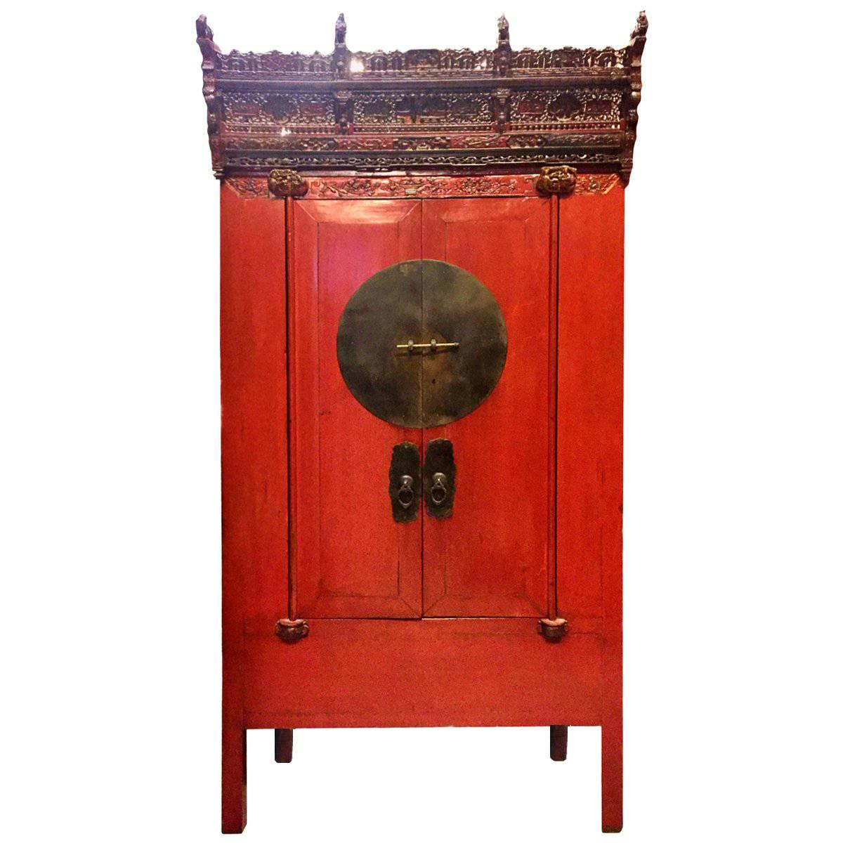 Antique Chinese Red Lacquer Wedding Cabinet With Crown, 19th Century, Rare  For Sale
