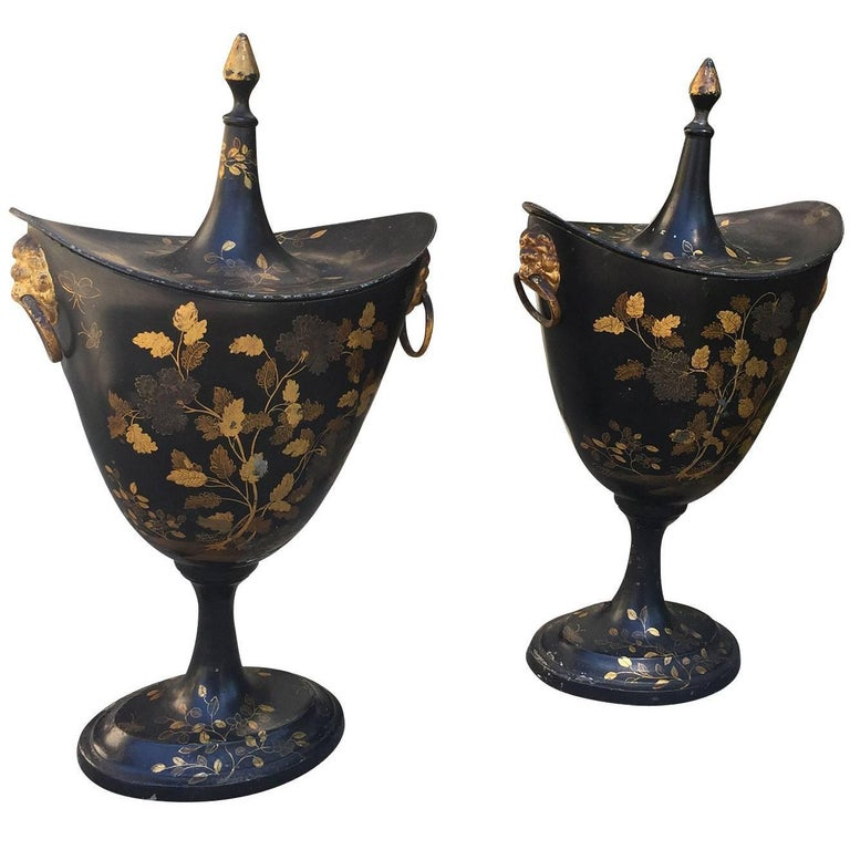 Pair of English Regency Tole Peinte Chestnuts Urns, circa 1820 For Sale