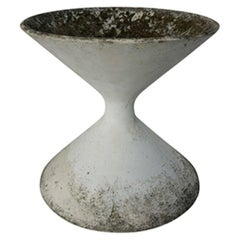French Diabolo Hourglass Planter