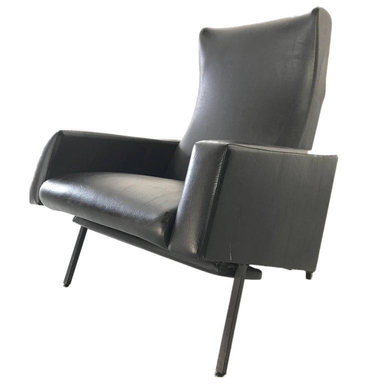 Lounge Chair Trelax by Pierre Guariche for Meurop