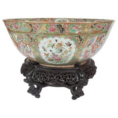 "Important ""Mandarin"" Style Rose Medallion Chinese Export Ceramic Bowl"