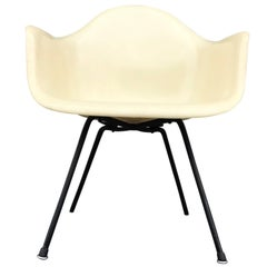 Eames Herman Miller Zenith X-Base Fiberglass Armchair in Parchment