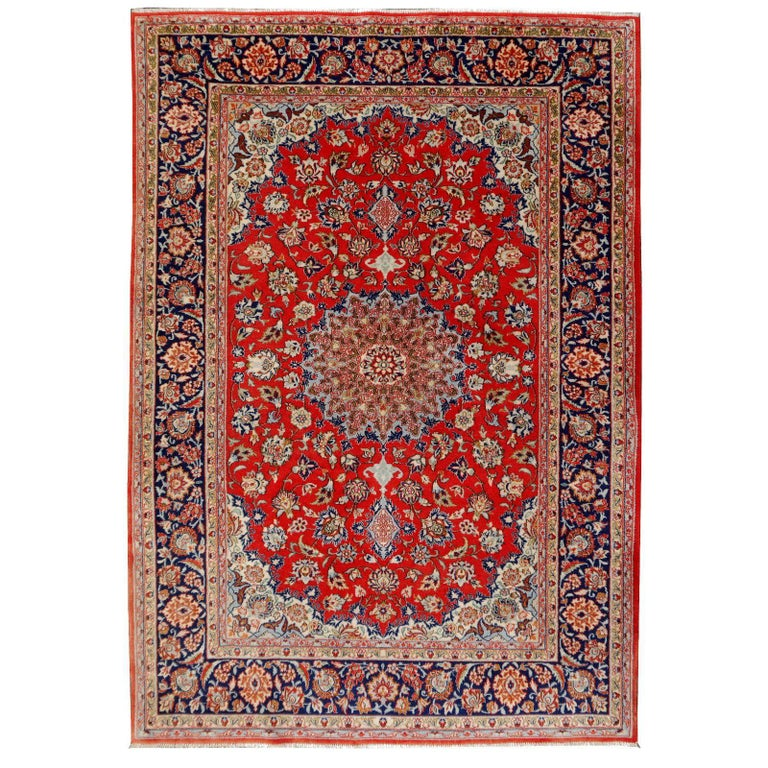 Isfahan Persian Wool and Silk Rug For Sale