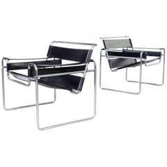 Marcel Breuer Wassily' B3 Chairs Black Leather, Set of Two