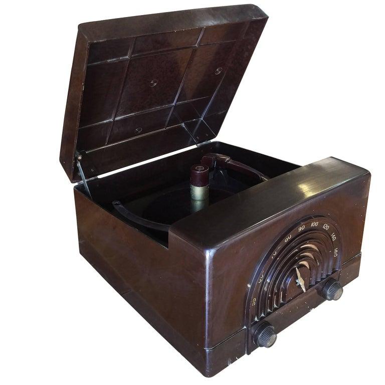 Silvertone Model 3040 Bakelite Am Radio and Record Player ...