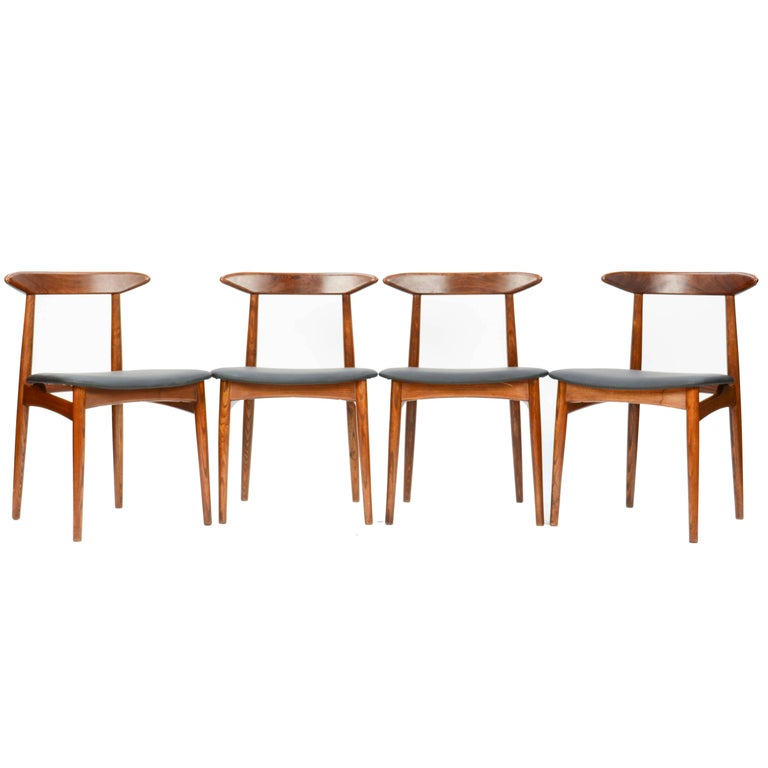 Set of Four Danish Teak Chairs after Hans Wegner For Sale