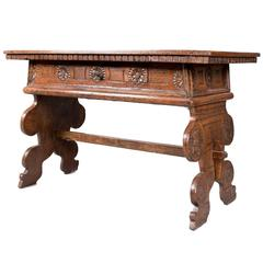 Chip Carved Desk or Console Table, 17th Century, Portuguese