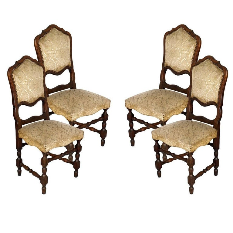 Set of Six 20th Century Italian Baroque Dining Chairs For Sale
