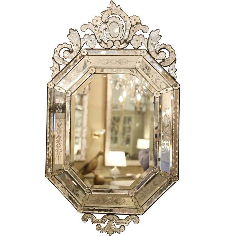 vintage venetian glass mirror for sale at 1stdibs. Black Bedroom Furniture Sets. Home Design Ideas