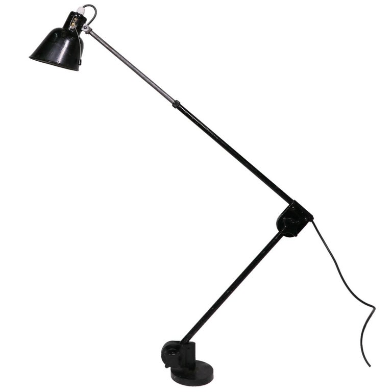 Vintage Industrial Adjustable Articulated Telescopic Task Lamp