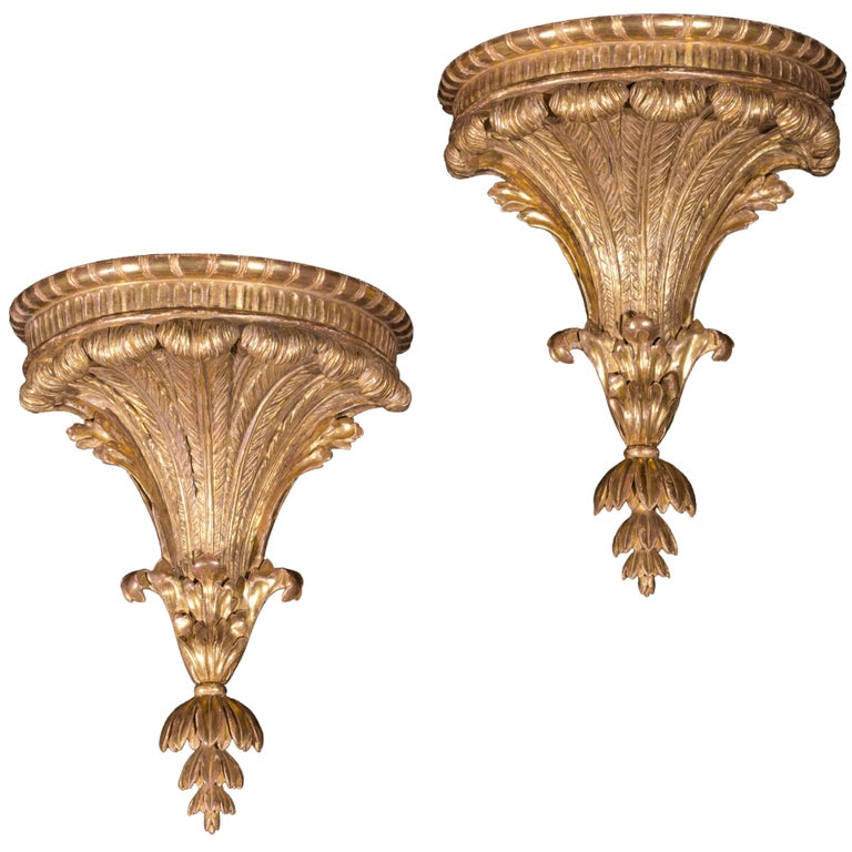 English 18th Century Pair of Large Neoclassical Giltwood Wall Brackets