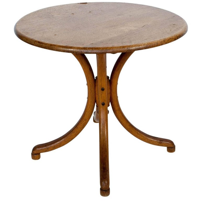 Miniature Thonet Round Table, circa 1900, Austria