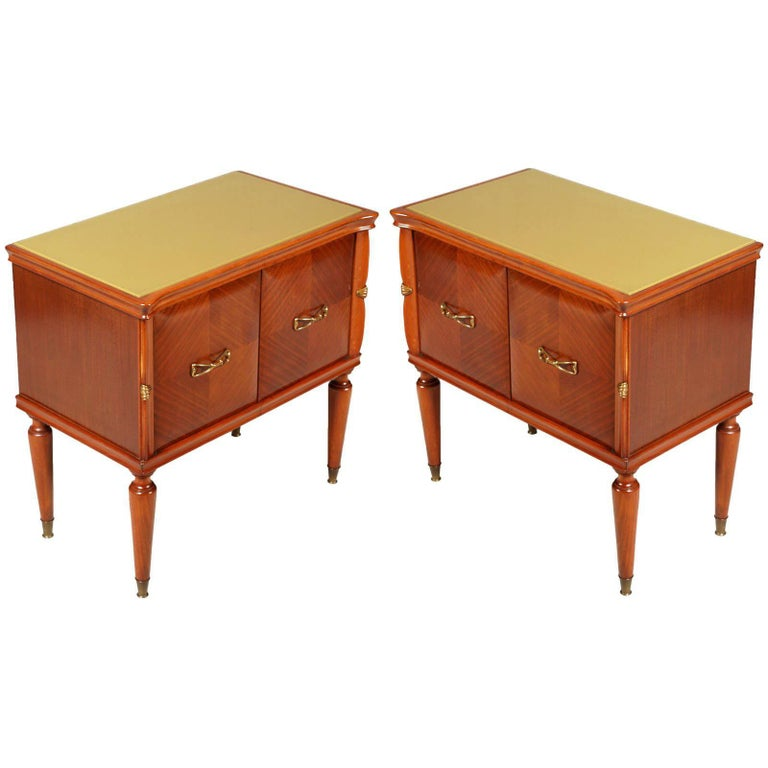 Midcentury Nightstands from Cantù , Gio Ponti Style in Walnut and Veneer Walnut  For Sale