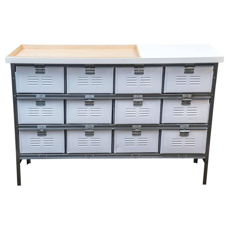 Industrial Storage Bins/Cabinets/Lockers