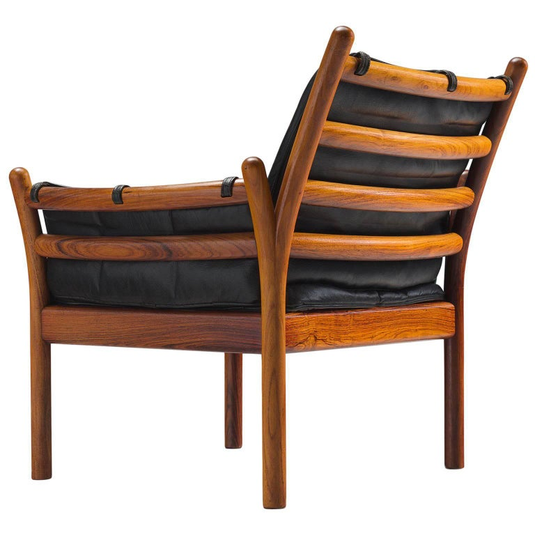 Illum Wikkelsø 'Genius' Chair in Rosewood and Black Leather