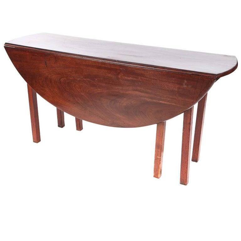 Large irish mahogany drop leaf dining table at 1stdibs for Large drop leaf dining room tables