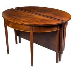 Federal Mahogany Hepplewhite Two-Part Banquet Table, Probably Philadelphia