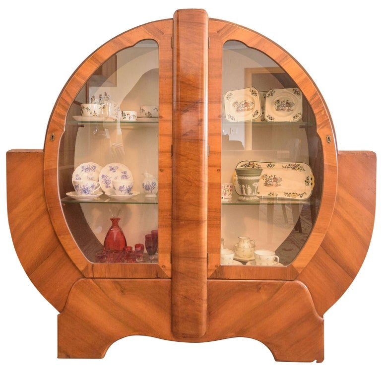 Round art deco vitrine cabinet for sale at 1stdibs for Decoration vitrine